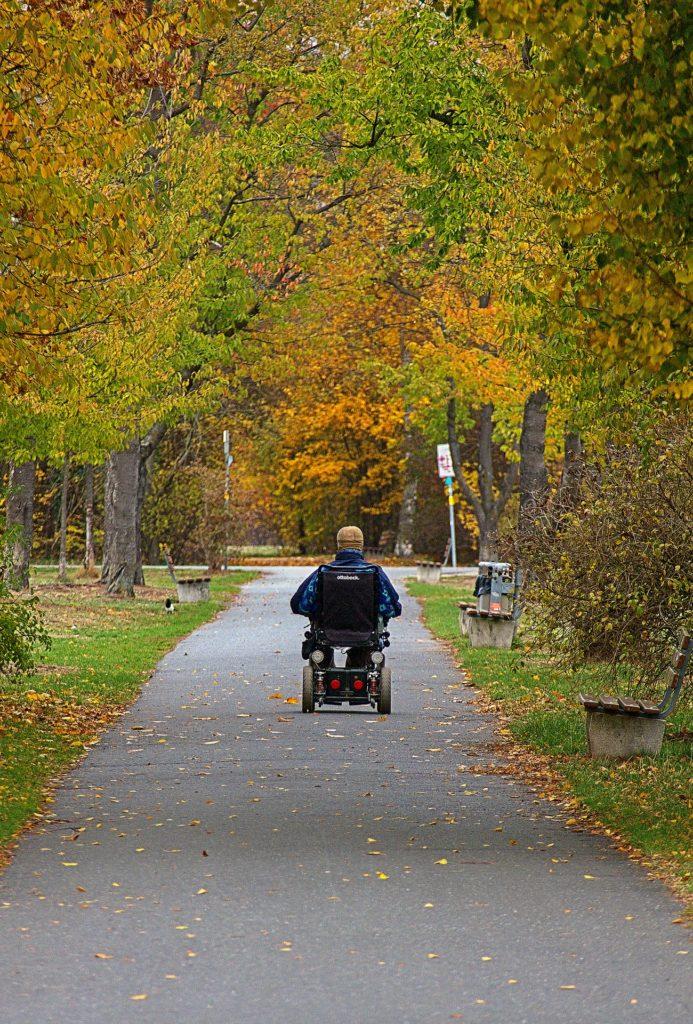 Senioren mit Notfallknopf sind sicherer